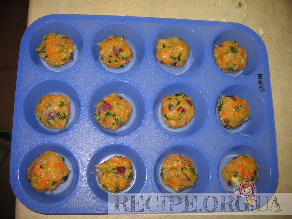 рецепт: Тефтельки в хрустящих чашечках из теста : делаем тефтельки и запекаем их в духовке