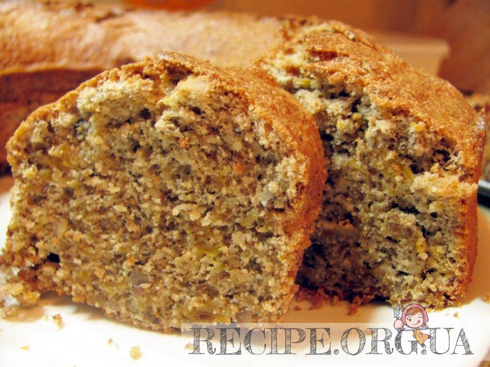 Песочный пирог с яблоками и орехами очень вкусный, не приторно сладкий, с приятной хрустящей ореховой начинкой. Рекомендую приготовить его для домашнего чаепития.