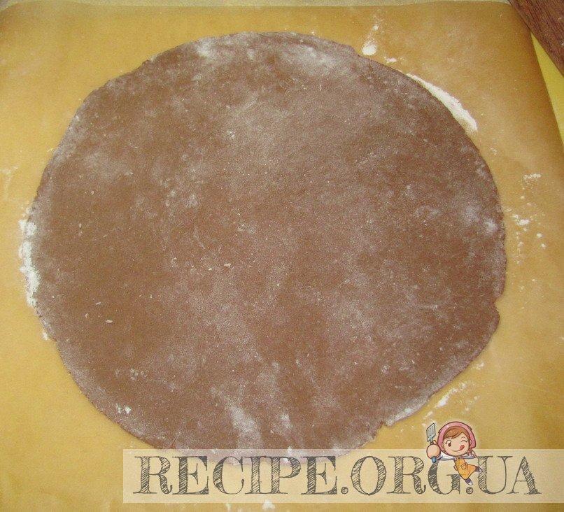 Рецепт с фото - Торт «Мишка»  сметанный: раскатать коржи