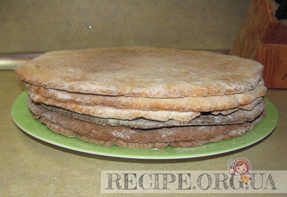 Рецепт с фото - Торт «Мишка»  сметанный: испечь коржи